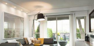Jakie wybrać lampy do salonu – Led czy halogeny