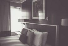 Rola kinkietów ściennych w domowych aranżacjach